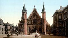 Fotochroom van het Binnenhof, de Ridderzaal in 1900