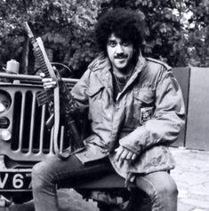 Phil Lynott of Thin Lizzy Thin Lizzy, The Man, Rock, Skirt, Locks, The Rock, Rock Music, Batu