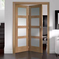 Thrufold Shaker Oak 4 Pane 2 0 Folding Door Obscure Gl Lifestyle Image