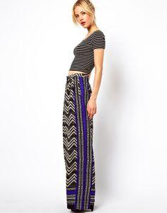 https://cdnd.lystit.com/photos/2013/05/29/asos-multi-wide-leg-trousers-in-blocked-print-product-1-10253887-578570405.jpeg