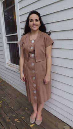 Dress Outfits, Fashion Dresses, Vintage Dresses 50s, 50s Vintage, Frack, Africa Fashion, Button Down Dress, Lovely Dresses, Fashion Details