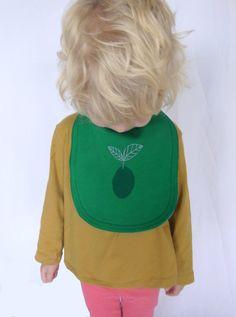 Babybody  unique green advocado handscreen by Kleine Klara von KleineKlara auf Etsy
