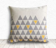 Pillow Cover, Geometric Pillow, Triangle Pillow Cover, Linen Pillow Cover 18x18 - Printed Geometric - 140