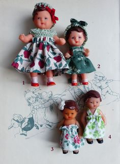 D'adorables petites poupées en gomme, fabriquées en Allemagne de l'Est dans les années 1950, et habillées par mes soins.3 petites ARI disponibles : 2- Camille (8 cm de haut)3- Chloé (7 cm de haut)4- Amélie (7 cm de haut)