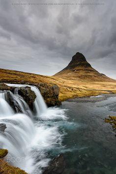 Kirkjufell - Kirkjufell - Iceland Nikon D810 + Nikon 16.0-35.0 mm f/4 Lee ProGlass 0.9 + Lee ND Grad 0.75 SH Lowepro Flipside 400AW / Manfrotto 055XPROB ©Álvaro Roxo | www.facebook.com/ARoxoPortfolio | 500px.com/aroxo | https://twitter.com/AlvaroRoxo | https://www.instagram.com/aroxo