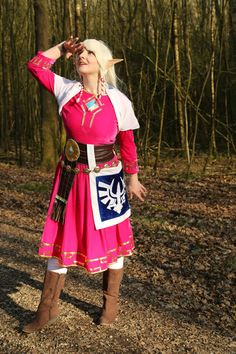 Skyward Sword Zelda Cosplay http://geekxgirls.com/article.php?ID=6374