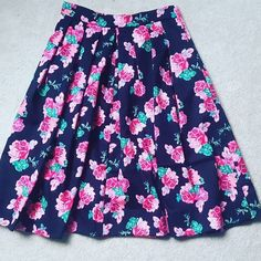 Summer colours for my Sew Over It Lizzie Skirt Skirt Sewing, Skirt Patterns Sewing, Sew Over It, Summer Colours, Skirts, Fabric, Projects, Crafts, Inspiration