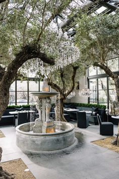 Restoration Hardware Just Opened a Restaurant in Napa That You Have to See to. Patio Interior, Restaurant Interior Design, Interior And Exterior, Luxury Interior, Opening A Restaurant, Cafe Restaurant, Outdoor Restaurant, Cafe Design, House Design
