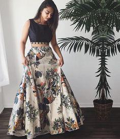 Details about Indian Lehenga Choli Floral Print Skirt Womens Ethnic Wedding Dance Party Wear – Style Tips Indian Attire, Indian Wear, Indian Party Wear, Indian Style, Red Indian, Indian Designer Outfits, Designer Dresses, Designer Sarees, Designer Bridal Lehenga