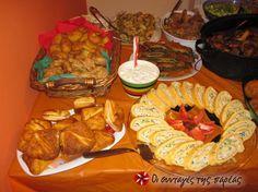 Αλμυρό ρολό κοτόπουλο #sintagespareas Christmas Cooking, Waffles, Recipies, Dairy, Appetizers, Cheese, Breakfast, Rolo, Recipes