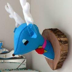 felt mounted deer head