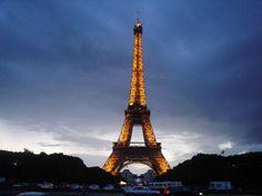 Eiffel Tower (June 2007) (17110359)
