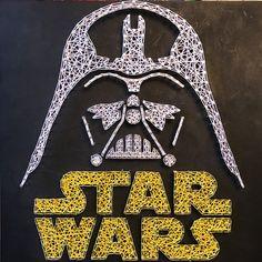 String Art Star Wars: Darth Vader 1ft di bordo di legno di 1ft Se fate un ordine, vi dà il messaggio me voi quali colori per le stringhe o userò i colori predefiniti