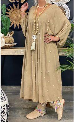 Modesty Fashion, Abaya Fashion, Suit Fashion, Fashion Dresses, Iranian Women Fashion, Russian Fashion, Cotton Gowns, Mode Abaya, Hijab Style