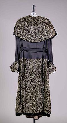 Evening coat Date: 1917–20 Culture: American Medium: Silk Accession Number: 2009.300.7434