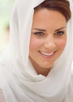 Catherine, Duchess of Cambridge. Perfect attire for Eastern travel, absolutely beautiful!