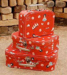 Snow White paper suitcases