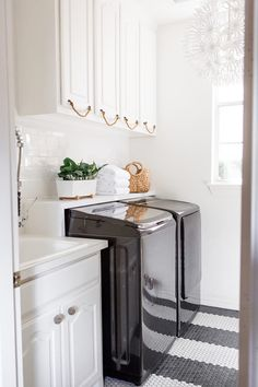 Best of 2017   Decor Projects shelf behind washer/dryer