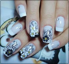 Nails Design Black And White Ongles Ideas Fabulous Nails, Perfect Nails, Black Nail Designs, Nail Art Designs, Nails Design, Fancy Nails, Pretty Nails, Flower Nail Art, New Nail Art