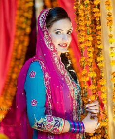 Pakistani mehndi outfit...