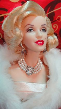 Marilyn Monroe Barbie.