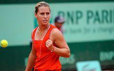 Dominika Cibulkova defeats Maria Jose Martinez Sanchez 6-2, 6-1.  www.rolandgarros.com