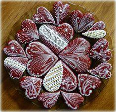 Lace Cookies, Honey Cookies, Best Sugar Cookies, Royal Icing Cookies, Christmas Cookies, Valentine Cookies, Valentines, Gingerbread Decorations, Christmas Hearts