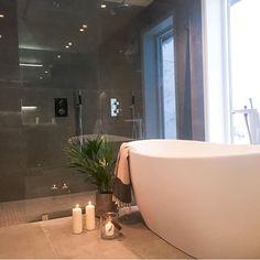 Bilderesultat for dobbeldusj og badekar