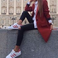 winter outfits formales Edle Winteroutfits Mode Winteroutfits Fall out Mode Outfits, Stylish Outfits, Winter Outfits, Fashion Outfits, Club Outfits, Looks Adidas, Looks Style, Mode Inspiration, Look Fashion