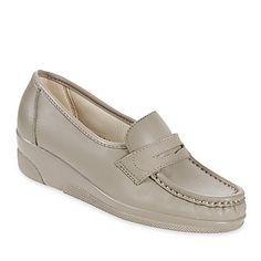 Softspots Pennie Shoes (FootSmart.com)