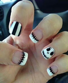 Cute Jack Skellington Nightmare Before Christmas Nails. Are you looking for easy Halloween nail art designs for October for Halloween party? See our collection full of easy Halloween nail art designs ideas and get inspired! Easy Nails, Easy Nail Art, Simple Nails, Cute Nails, Pretty Nails, Simple Disney Nails, Gorgeous Nails, Cute Halloween Nails, Halloween Nail Designs