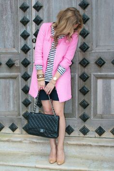 Finding more ways to incorporate the hot pink Zara coat into my wardrobe...