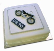 Motorbike cake by Barbara Lee