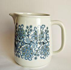 Retro Pottery, Arabia Finland, Orri jug, design Raija Uosikkinen