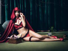 fashionhoarding:  iris kavka for palmers lingerie