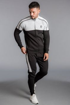 53 Ideas sport wear mens for 2019 Gym Tracksuit, Tracksuit Bottoms, Mens Skinny Tracksuit, Track Pants Mens, Track Suit Men, Sport Fashion, Mens Fashion, Fashion 101, Sports Tracksuits