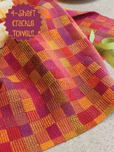 4-shaft weaving project in polychrome crackle! Get the instructions in the September/October issue of Handwoven.