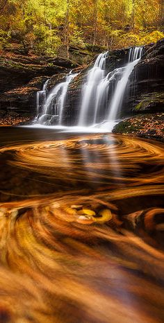 Ricketts Glen, Pennsylvania, USA by Jordan Waterfall All Nature, Amazing Nature, Beautiful Waterfalls, Beautiful Landscapes, Pretty Pictures, Cool Photos, Cool Pictures Of Nature, Beautiful World, Beautiful Places