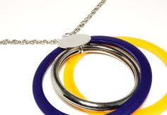 Vintage Signed Sarah Coventry Spangle Bangle Mod Style Interchangeable Necklace in Silver with Yellow and Blue Pendants