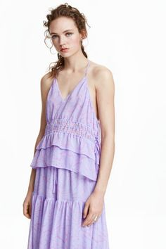 Sleeveless crinkled chiffon top in a halterneck cut with narrow shoulder straps that meet to form a central racer back. No Frills, Chiffon Tops, Ideias Fashion, Rompers, Dresses, Style, Block Prints, Sleeves, Spaghetti Straps
