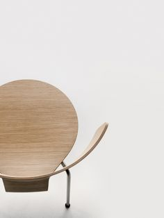 DETAILS | modern chair ideas for your home | for more ideas visit : http://www.bocadolobo.com/en/index.php #modernchairs #chairideas
