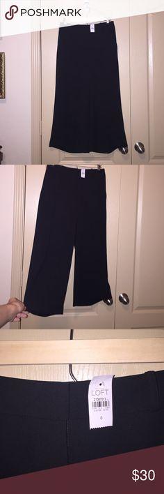 NWT LOFT Culottes size 0 Black flowy Culottes - size 0. NWT. LOFT Pants Ankle & Cropped