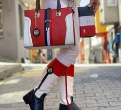 Tommy Hilfiger Outfit, Tommy Hilfiger Handbags, Tommy Hilfiger Women, Gucci Handbags Outlet, Fashion Handbags, Fashion Shoes, Prada Handbags, Fashion Outfits, Gucci Boots