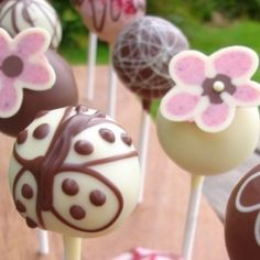 Cake pops as wedding favors by mandy