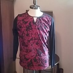 LARRY LEVINE BNWT TOP Beautiful red roses on front with blk cotton lycra on back Open top front Brand new with tags Larry Levine Tops