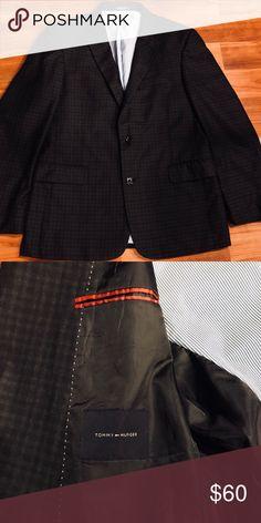 Tommy Hilfiger Blazer Men's large Tommy Hilfiger Blazer - EXCELLENT condition - worn only once. Tommy Hilfiger Suits & Blazers Sport Coats & Blazers