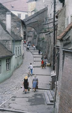 Romania Facts, Sibiu Romania, Romania Travel, Old Street, Croatia, Places To See, Countries, Traveling By Yourself, Buildings