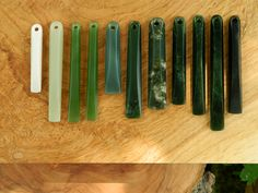 A Carved Piece - Nature themed Pounamu carvings and Jade Jewellery Jade Jewelry, Stone Jewelry, Pendant Jewelry, Stone Carving, Wood Carving, Patterns In Nature, Green Stone, Simple Shapes, Jewelry Making
