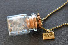 Mini-Glas mit Pusteblume