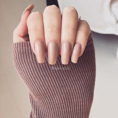 #tb nails, you can't go wrong with a nude nail They go with everrrrything  #myfave